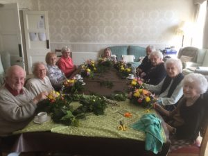 Bushell house residents making easter table decorations