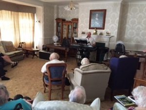 Eric Lees came to sing at Bushell House
